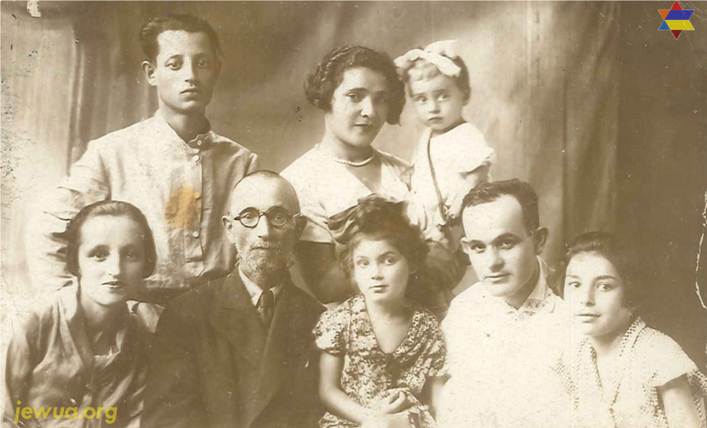 Nukhman family in Priluki, 1930's. All family survived in Holocaust. Photo provided by Pavel Parkhomyuk