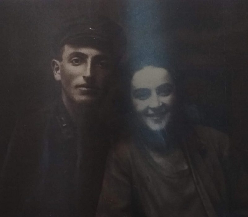Spouses Mihail Davidoich and Leya Zalmanovna Rog, Lubny 1928. Photo from collection of Judaica Institute, Kiev.