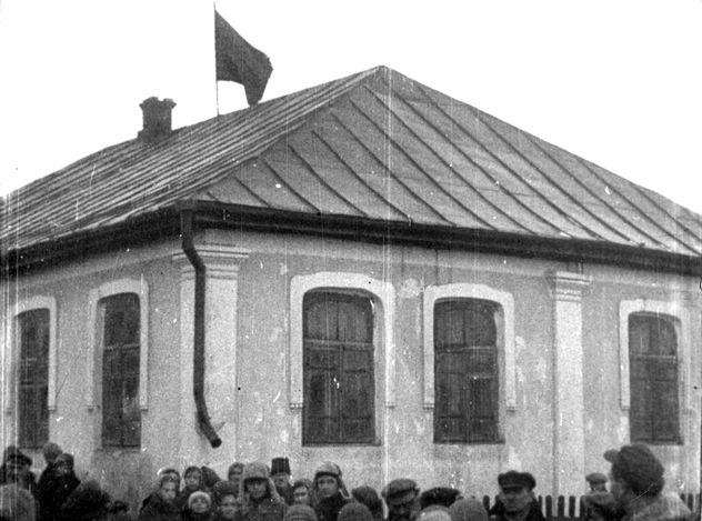 Unknown Medzhibozh synagogue in 1930s