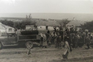Reburial ceremony in Talne. 1952-1953