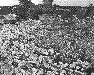 Big Synagogue's remains. Photo 1998