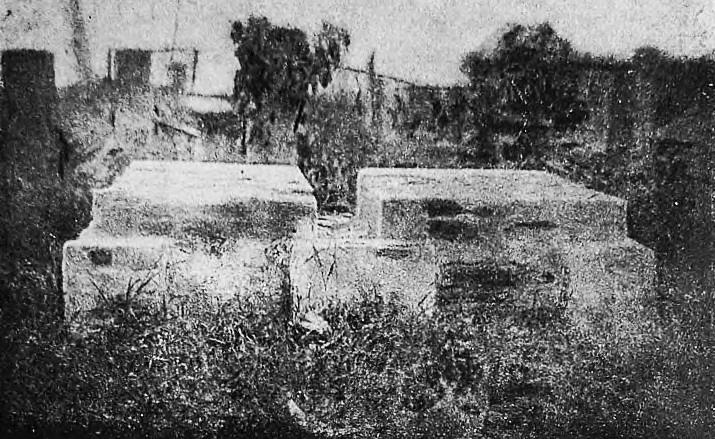 Mass grave of pogrom victims in Skvira Jewish cemetery. Photo beginning of 1920's