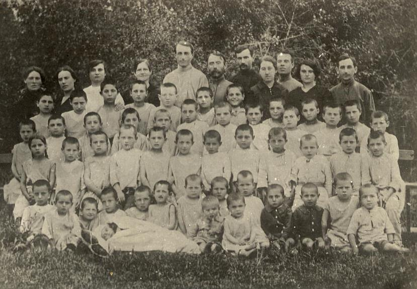 "Child Asylum №2 for pogrom orphans in Skvira. Photo by 1921 from book book ""Yevreiskaya Atlantida"" (""The Jewish Atlantis"") by Elena Tsvelik"