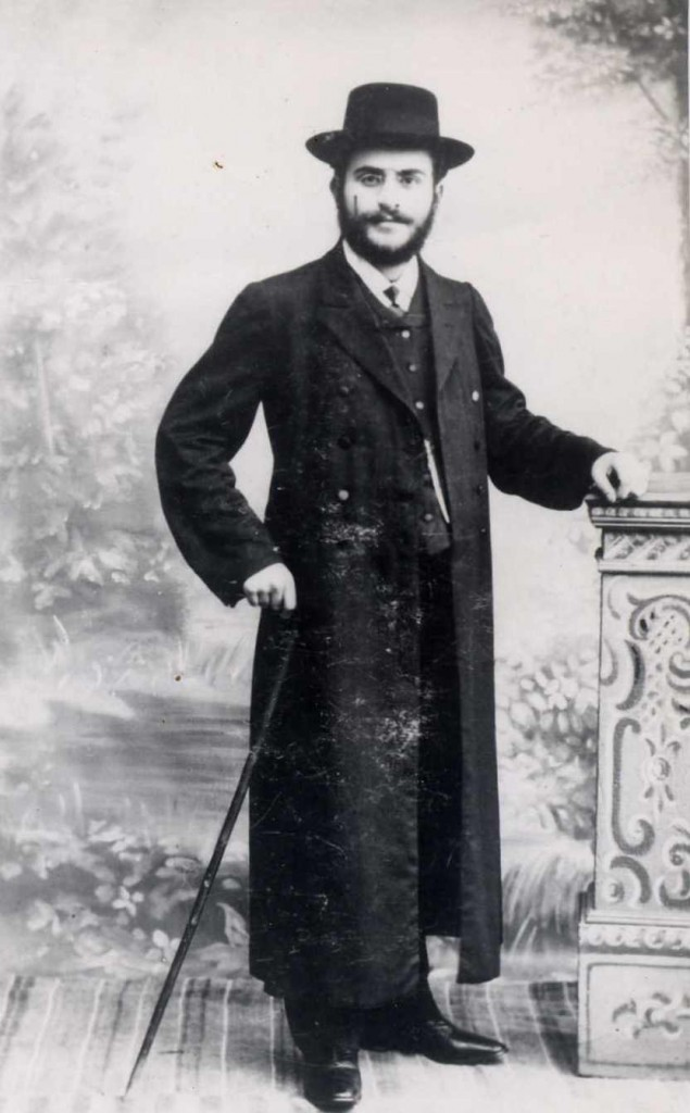 Rabbi Mordechai Yisroel Twersky , son of Rabbi of Radomyshl Abraham Joshua Heshel Twersky. Both were killed during pogrom in May 1919