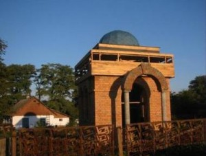 Ohel during construction, 2004
