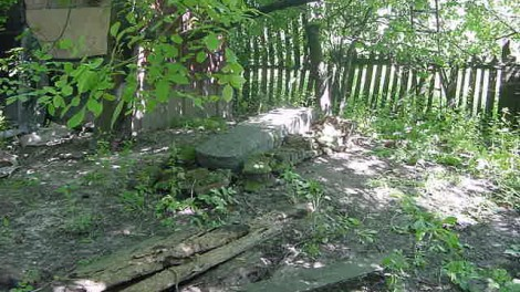 Mass grave in private yard