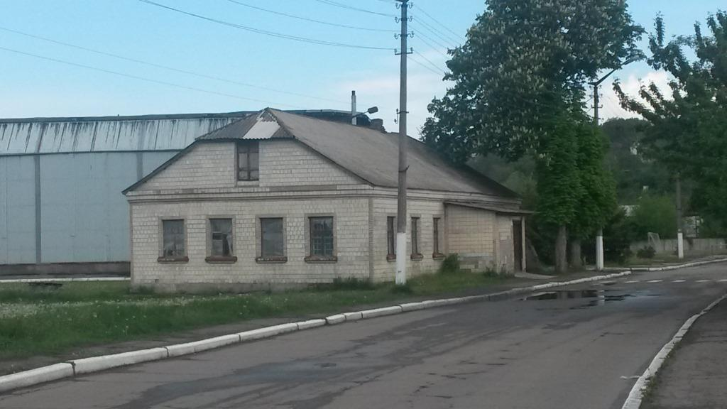 Building of Jewish school in Rzhyshchev, 2016