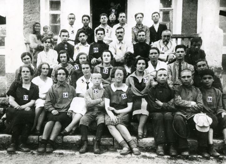 Ukrainian school in Orynin, 1927