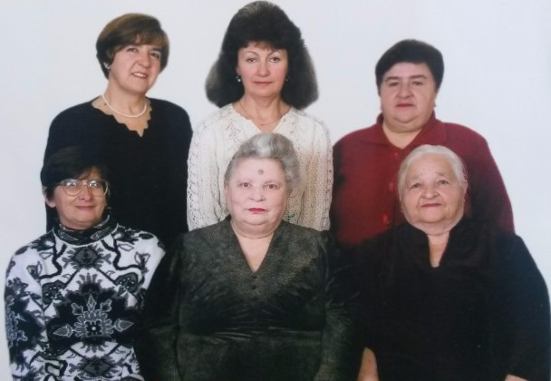 Members of Makarov Jewish community in 2000's