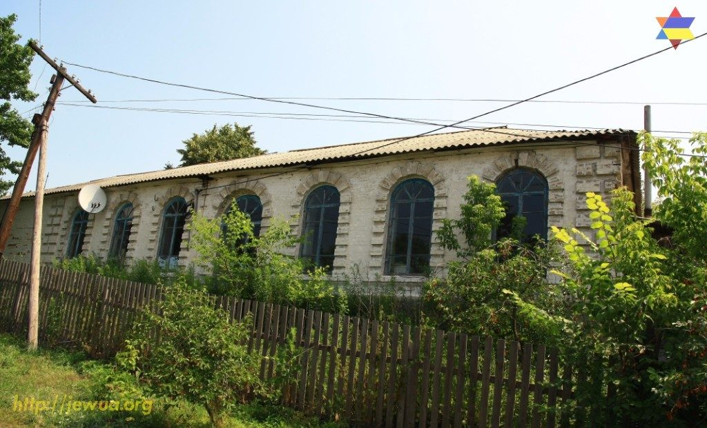 Building of the synagogue in Malin