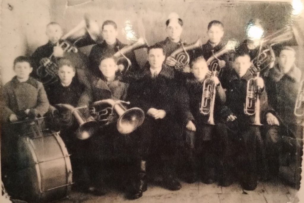 Jewish orchestra in Krivoye Ozero, 1920's-1930's. Photo from local museum